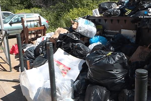 Point de collecte des ordures ménagères à Bastia