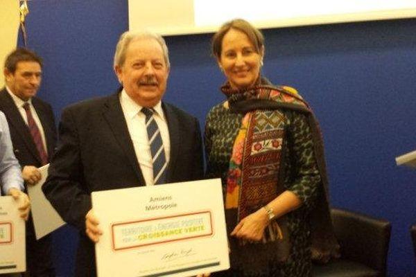 Amiens Métropole récompensé par la ministre de l'Ecologie Ségolène Royal