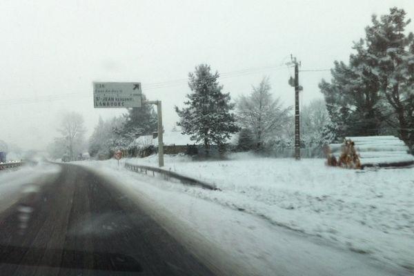 De la neige entre Guingamp et Saint-Brieuc