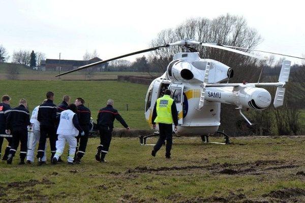 Deux élèves ont été héliportés dans un état grave au CHR de Lille après l'effondrement d'un tas d'ensilage de maïs à Pont-sur-Sambre.
