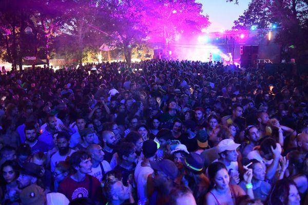 Chaque année, le festival de Néoules  rassemble quelque 6000 spectateurs.