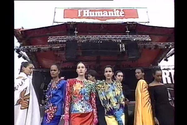 Un défilé Yves Saint Laurent à la fête de L'Humanité.