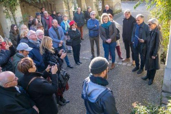 Amis, proches, acteurs, ils étaient nombreux aujourd'hui à Fontevraud, pour rendre hommage au réalisateur Pierre Mocky