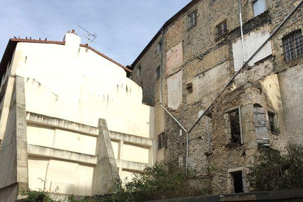 En 2012, trois immeubles se sont effondrés dans le centre-ville de Thiers, sans faire de victimes.