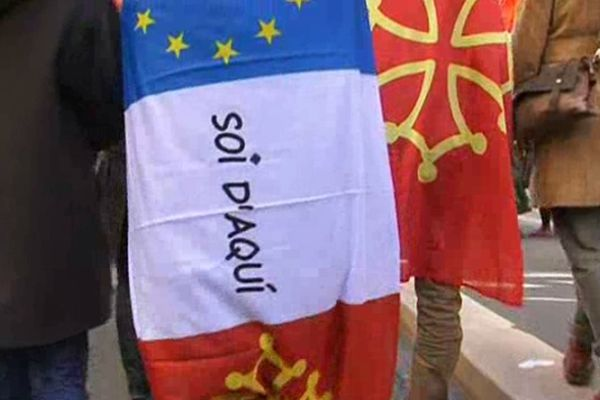 Les manifestants ont dénoncé ce qu'ils considèrent comme une volonté d'étouffement de la culture occitane.