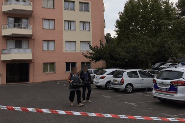 Une expulsion tourne mal à Draguignan: un policier blessé, le locataire abattu