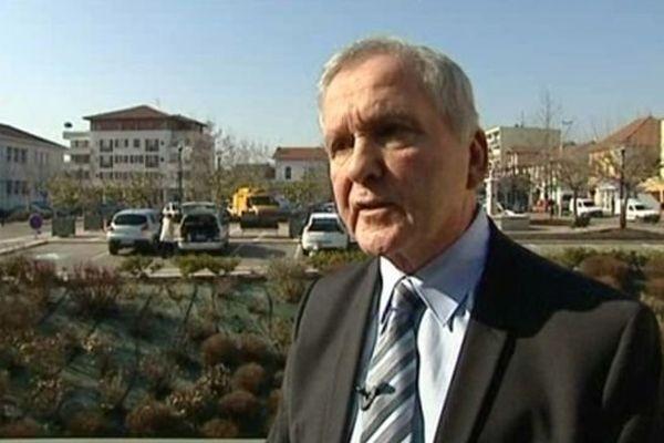 Alain Tuduri, maire DVD de Pont-de-Chéruy (23/02/2012)