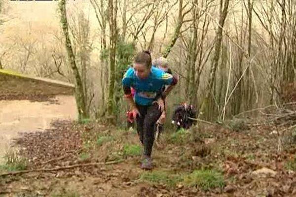 La vingtième édition du raid des Gabariers est un succès, 219 coureurs ont pris le départ et ce n'est pas les 1 700 mètres de dénivelés qui les ont découragés.
