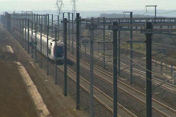 Charente : le projet de gare TGV à Asnières-sur-Nouère est-il enterré ? - 2019.