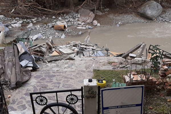 Une des habitations emportées par la Roya lors des intempéries de la tempête Alex le 2 octobre 2020, ici à Saint-Dalmas-de-Tende (Alpes-Maritimes).