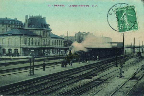 Inaugurée en 1864, la gare de Pantin confortera la croissance économique et démographie de la ville.