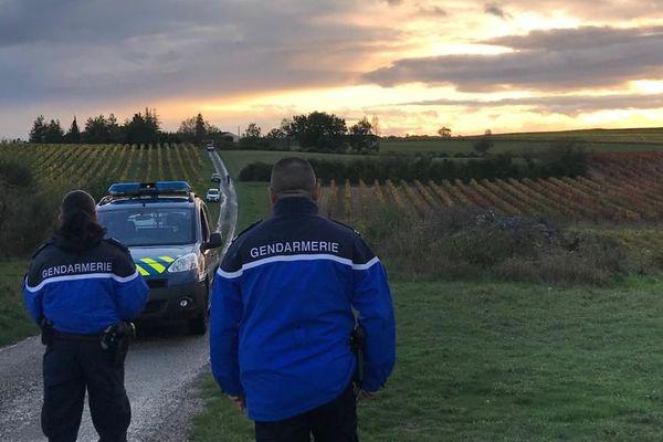 En début de soirée, les gendarmes de Gaillac étaient toujours sur la commune de Souel (Tarn) où à eu lieu le drame.