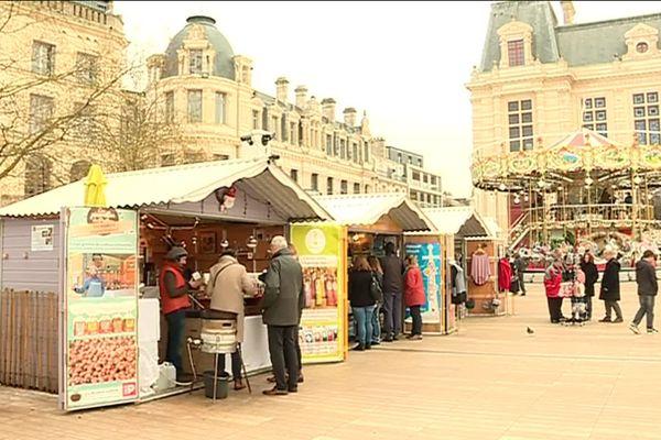 Chalets marché de Noël à Poitiers 2018