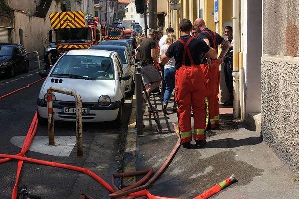 Intervention des marins-pompiers dans la crèche rue de la Martinique, à Marseille
