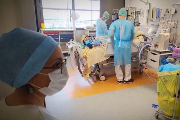 Au 31 décembre, 2 133 personnes touchées par le coronavirus sont décédées dans un établissement de santé en Occitanie