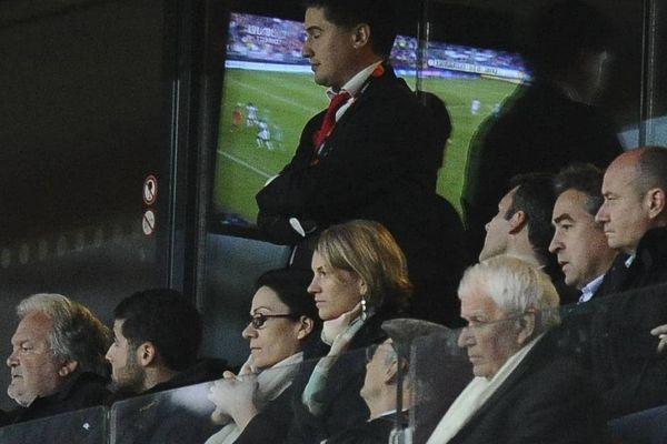La loge présidentielle à quelques minutes de la fin du match
