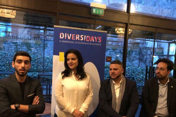 """Mounir Majoubi (à droite) aux côtés des membres de l'association """"Diversidays"""""""