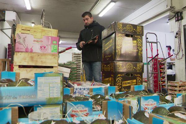 A 5 heures 30 en ce 24 décembre au MIN, à Nice, tout est prêt pour le repas du réveillon de Noël.