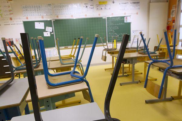 Les écoles ont été fermées à l'annonce de ces cas