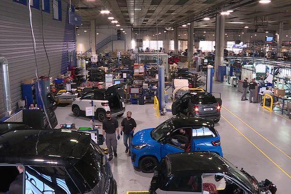L'entreprise Ligier, basée près de Vichy (Allier) est désormais leader européen de la voiture sans permis.