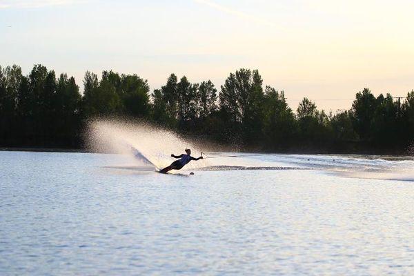 Léa Miermont en séance d'entraînement à l'école de ski nautique de Seysses