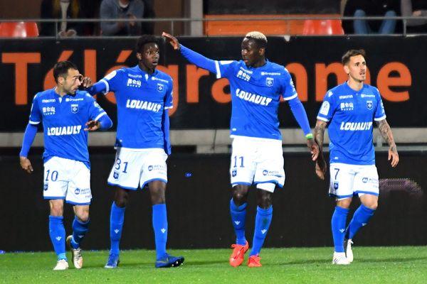 Auxerre et Lorient se sont neutralisés (2-2) lundi soir lors de la 35e journée de Ligue 2.