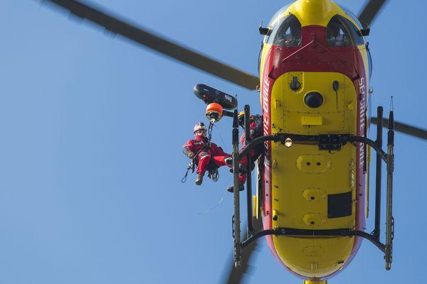 L'hélicoptère Dragon 29 a été mobilisé sur place.