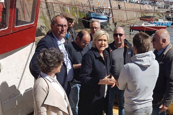 Marine Le Pen lors de son déplacement à Erquy le 31 mars dernier.