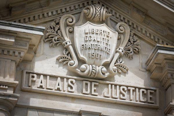 Des néonazis qui planifiaient un attentat contre une loge maçonnique devant le juge le 7 mai à Paris