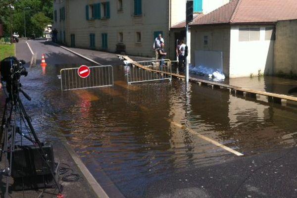 L'Essonne est légèrement sortie de son lit à Ormoy (Essonne)