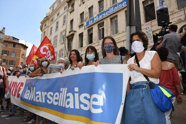 La Marseillaise, c'est une cinquantaine de salariés, un journal créé par des résistants et des idées très à gauche (photo : rassemblement du 13 août.)