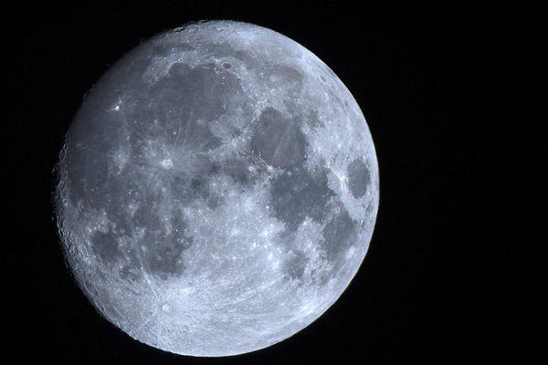 La lune semblera ce soir plus grosse et plus lumineuse.