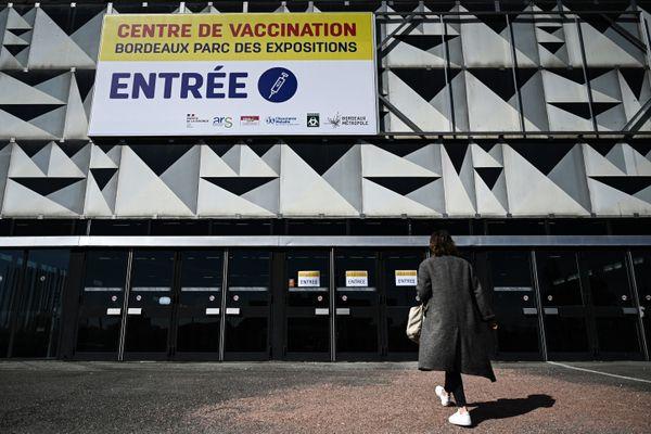 Le centre de vaccination du parc des expositions de Bordeaux ne propose plus de vaccins sans rendez-vous.