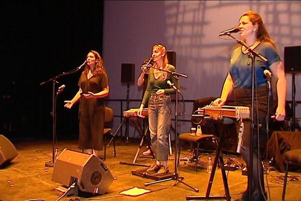 Musiques et danses traditionnelles au programme du Théâtre auditorium de Poitiers pendant deux jours.