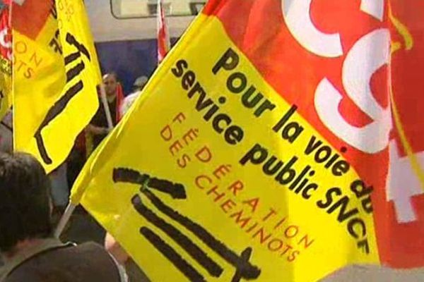 La mouvement de grève à la SNCF se poursuit vendredi 13 juin.