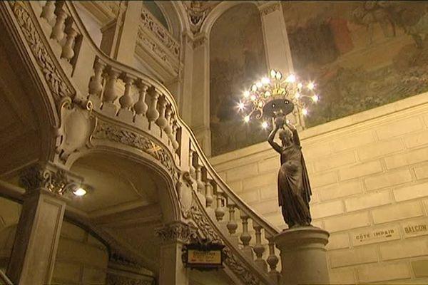 La montée d'escalier du théâtre de Tours
