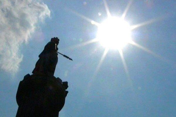 Grand'Place à Lille. Sous le soleil toute la semaine !