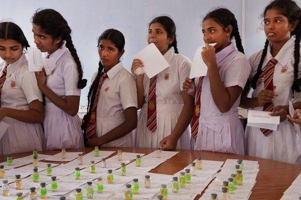 Campagne de dépistage organisée par une association locale de lutte contre la CKDu, avec le soutien des autorités publiques en Inde