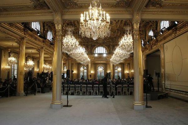 Nouvelle décoration du hall de réception du Palais de l'Elysée en février 2019.