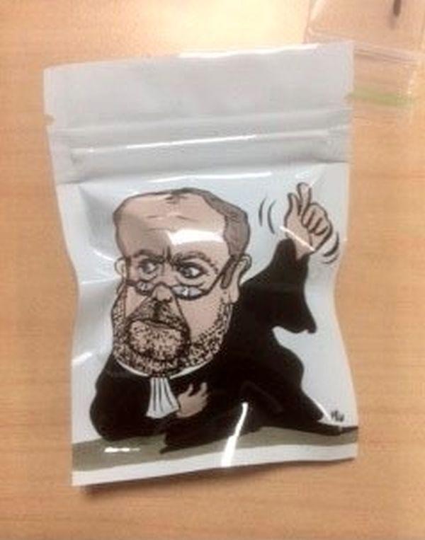 Les sachets de cannabis retrouvés ce vendredi soir dans une voiture à Echirolles, dans la banlieue grenobloise.