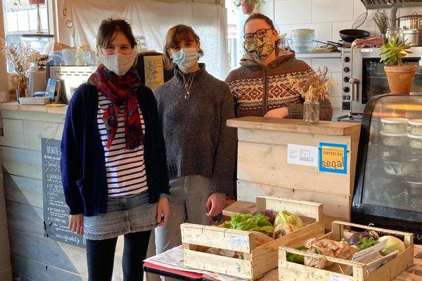 Thaïs, Maelan et Emeline du restaurant Code 0 à Lorient