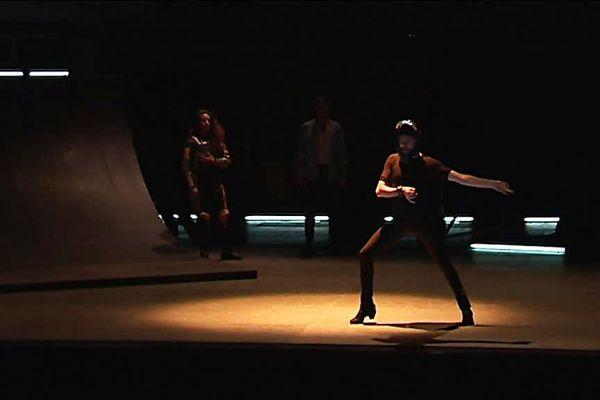 """Andrés Marín, grand danseur de flamenco ouvre le bal le 11 janvier à Nîmes avec son ballet """"Don Quixote"""" où il revisite le mythe de Don Quichotte dans une version résolument contemporaine."""