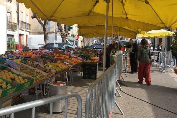 Un marché sous surveillance à Saint-André-De-Sangonis en raison du coronavirus