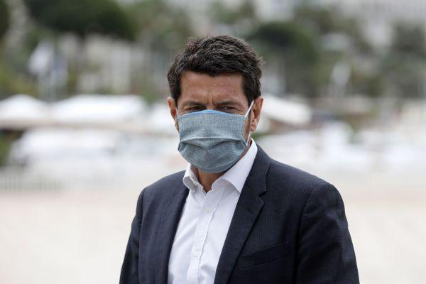 Le maire de Cannes a écrit une lettre au ministre de la Santé pour dénoncer la baisse de doses de vaccin livrées dans son département.
