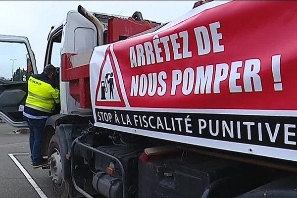 Les artisans du nord Franche-Comté dénoncent le prix des carburants.