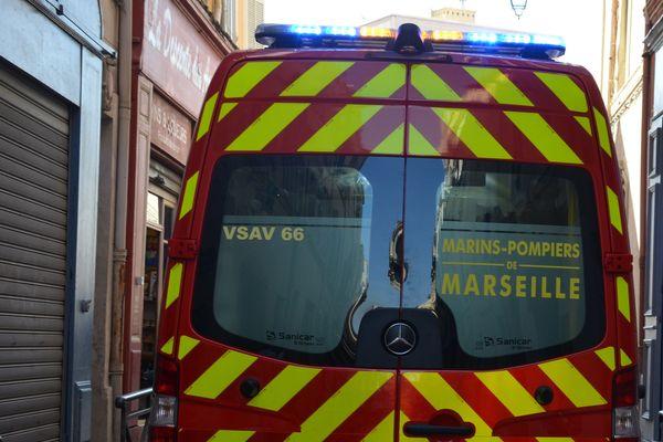 Illustration. Une ambulance du Bataillon des Marins Pompiers de Marseille en intervention.