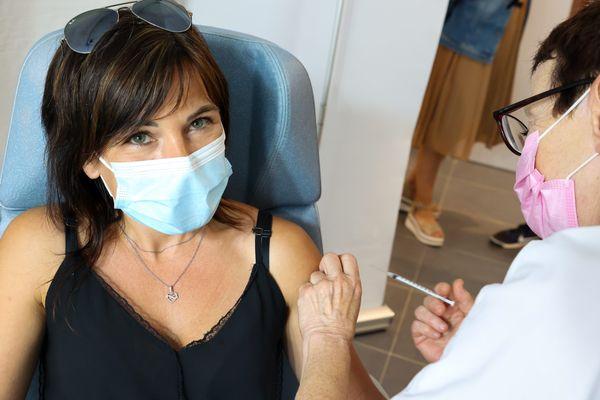 Giromagny, vendredi 23 juillet 2021, le département du Territoire de Belfort a célébré sa 10 000ème dose de vaccin