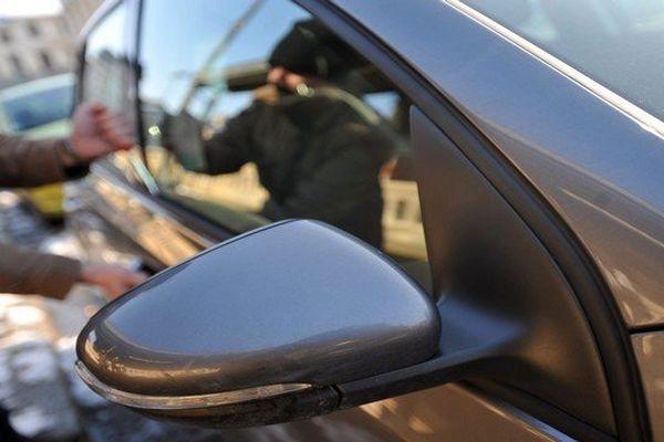 Car jacking (reconstitution)