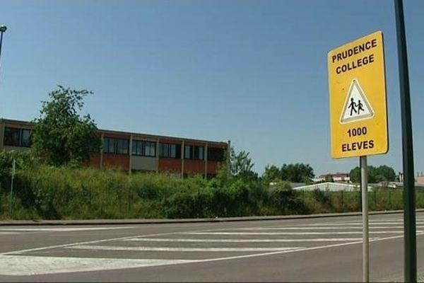 Le collège de Sens où s'est produit l'accident de la circulation.
