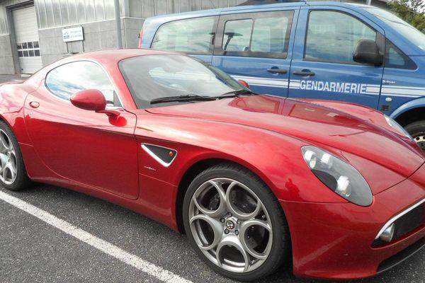 Un automobiliste a été contrôlé à 250 km/h au volant  d'une Alfa Roméo 8C compétizionne de 450 chevaux.